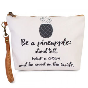 BE A PINEAPPLE... Cosmetic Bag NWT